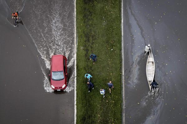 بارش باران سنگین در لاپلاتا، بوئنوس آیرس- آرژانتین